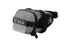Сумка подседельная FIZIK Silver Medium на ремнях, Велочехлы и сумки - в интернет магазине спортивных товаров Tri-sport!